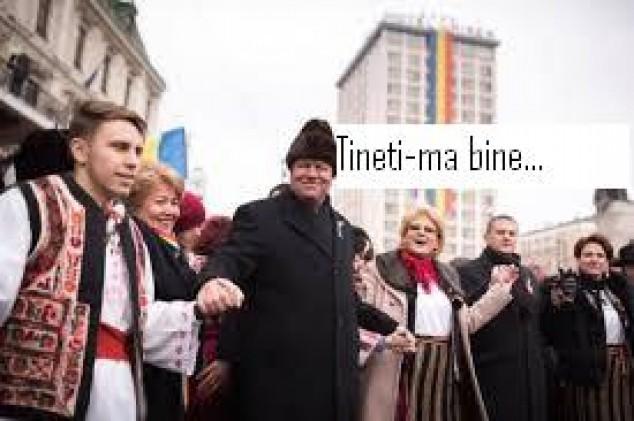Campanie cu căciulile peste ochi Iohannis-cu-caciula