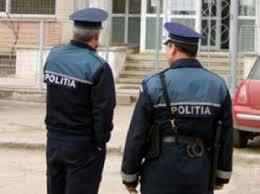 doi politisti